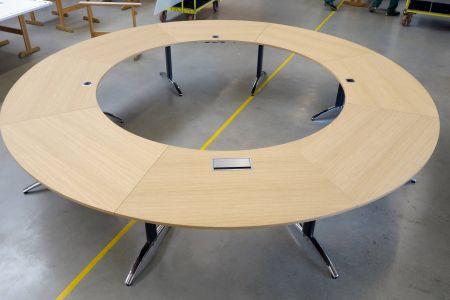 palmberg-produktion-sonderbau-konferenzanlage.jpg