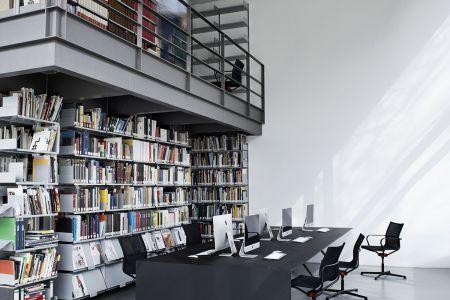 d1-office-image 12.jpg